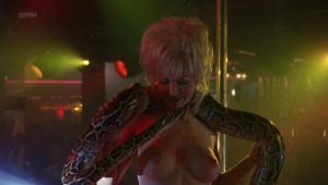 Demi Moore, Rena Riffel, Pandora Peaks &more @ Striptease (US 1996) [HD 1080p]  GIphsSEl