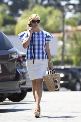 Reese Witherspoon - Out in Los Angeles 5/22/17