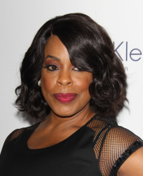 Niecy Nash - 22nd Annual ELLE Women in Hollywood Awards @ Four Seasons Hotel Los Angeles in Beverly Hills - 10/19/15