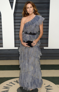 Minnie Driver - 2017 Vanity Fair Oscar Party Hosted By Graydon Carter - February 26th 2017