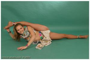 Gymnast Girls (XXX Nikolay Collection) 06.06.2016 (blond, brunett, Erotica, Fingering) (39)