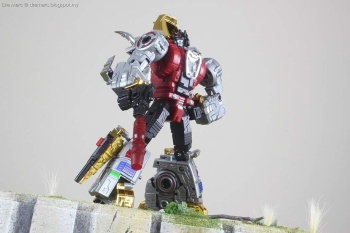 [Toyworld][Zeta Toys] Produit Tiers - Jouet TW-D aka Combiner Dinobots - Page 3 DCl2S0ic
