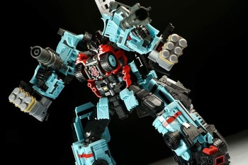 [MakeToys] Produit Tiers - Jouet MTCM-04 Guardia (aka Protectobots - Defensor/Defenso) - Page 3 OY51gM5Z
