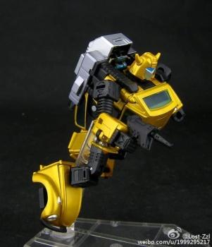 [Masterpiece] MP-21G Bumblebee/Bourdon G2 + MP-21R Bumblebee/Bourdon Rouge QlKEsFo3