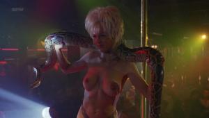 Demi Moore, Rena Riffel, Pandora Peaks &more @ Striptease (US 1996) [HD 1080p]  JDWs037c