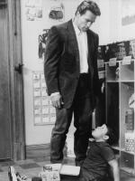 Детсадовский полицейский / Kindergarten Cop (Арнольд Шварценеггер, 1990).  Roxh7HgX