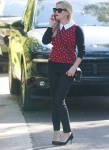 Reese Witherspoon is seen out and about in LA November 18-2015 x6