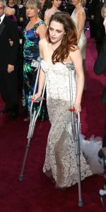Kristen Stewart - Imagenes/Videos de Paparazzi / Estudio/ Eventos etc. - Página 31 Abxp4Pqv
