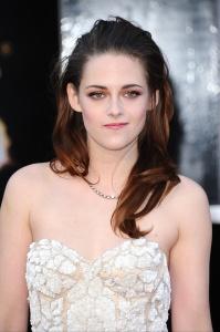 Kristen Stewart - Imagenes/Videos de Paparazzi / Estudio/ Eventos etc. - Página 31 AcfBP99a