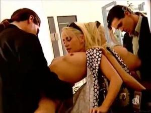 Emilia schüle nackt fake