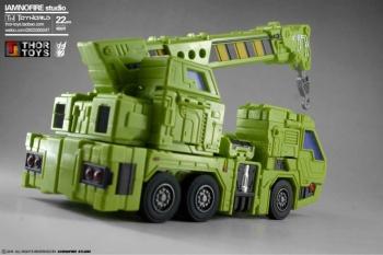 [Toyworld] Produit Tiers - Jouet TW-C Constructor aka Devastator/Dévastateur (Version vert G1 et jaune G2) - Page 7 8dFsICxa
