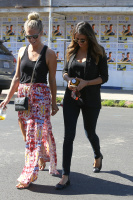 Nina Dobrev with Hilary at Alfred Coffee & Kitchen in West Hollywood (July 29) QZ8yfL1b