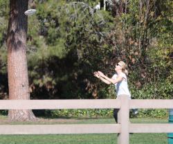 Sean Penn - Sean Penn and Charlize Theron - enjoy a day the park in Studio City, California with Charlize's son Jackson on February 8, 2015 (28xHQ) OekGJmJS