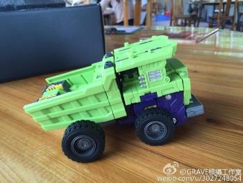 [Toyworld] Produit Tiers - Jouet TW-C Constructor aka Devastator/Dévastateur (Version vert G1 et jaune G2) - Page 7 BZZbHEg1
