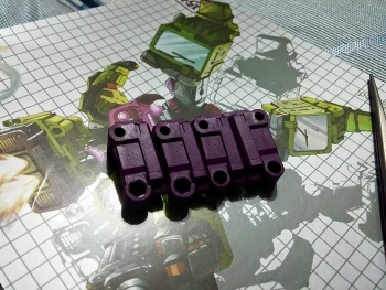 [Generation Toy] Produit Tiers - Jouet GT-01 Gravity Builder - aka Devastator/Dévastateur - Page 2 9ZECzthc