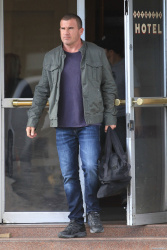 Dominic Purcell on the set of 'Bailout: The Age of Greed' - April 27, 2012 - 17xHQ 1ryIy4sc