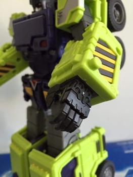 [Toyworld] Produit Tiers - Jouet TW-C Constructor aka Devastator/Dévastateur (Version vert G1 et jaune G2) - Page 5 1bE0RwyO
