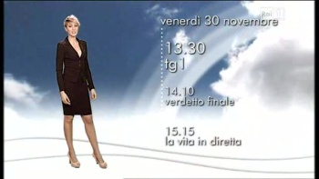 Claudia Andreatti - RAI 1 - Italie AdzGg1L0