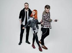 Paramore (Hayley Williams,  Jeremy Davis, Taylor York) - Chris McAndrew Photoshoot for The Guardian (February, 2013) - 35xHQ WQTgfiwt