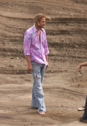 Josh Holloway - In Style Photo Shoot, Oahu, Hawaii - November 6, 2005 - 12xHQ 4AsIYsrl