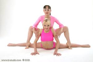 Gymnast Girls (XXX Nikolay Collection) 06.06.2016 (blond, brunett, Erotica, Fingering) (55)