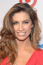 adlYxgpr Katherine Webb ~ 2013 Sports Illustrated Swimsuit Launch Party / NYC, Feb 12 candids