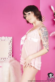12-26 - Cindy - Think Pink