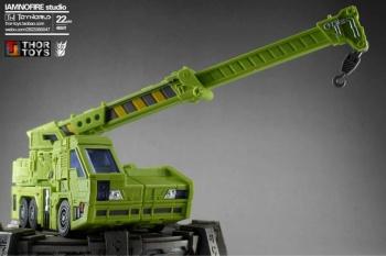 [Toyworld] Produit Tiers - Jouet TW-C Constructor aka Devastator/Dévastateur (Version vert G1 et jaune G2) - Page 7 LiUpgQ4j
