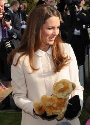 Catherine, Duchess of Cambridge - at Child Bereavement UK in Buckinghamshire 3/19/13