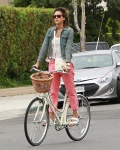 Jessica Alba Riding her bike in Malibu July 5-2015 x34