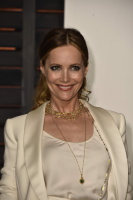 """Leslie Mann """"2015 Vanity Fair Oscar Party hosted by Graydon Carter at Wallis Annenberg Center for the Performing Arts in Beverly Hills"""" (22.02.2015) 126x  LynHEwEv"""