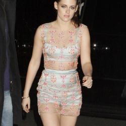 Kristen Stewart - Imagenes/Videos de Paparazzi / Estudio/ Eventos etc. - Página 31 AcbwayLd