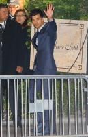 Taylor Lautner - Imagenes/Videos de Paparazzi / Estudio/ Eventos etc. - Página 38 AcsZJieI