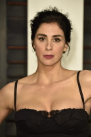 """Sarah Silverman """"2015 Vanity Fair Oscar Party hosted by Graydon Carter at Wallis Annenberg Center for the Performing Arts in Beverly Hills"""" (22.02.2015) 43x   UEgR2YVt"""