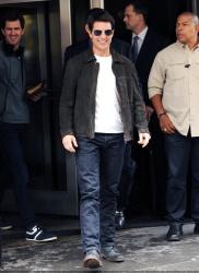 Tom Cruise - on the set of 'Oblivion' in New York City - June 13, 2012 - 52xHQ E0XNSkpx