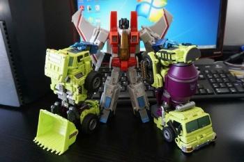 [Generation Toy] Produit Tiers - Jouet GT-01 Gravity Builder - aka Devastator/Dévastateur - Page 2 JzCJoaB3