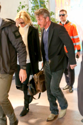 Sean Penn - Sean Penn and Charlize Theron - depart from Rome after a Valentine's Day weekend - February 15, 2015 (37xHQ) H1Icg69P