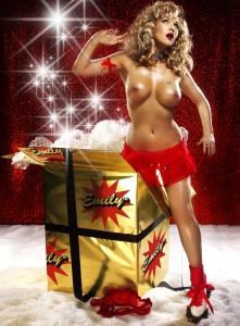 adgPkiRB Emily Scott – Topless, Naked – Frank White Christmas Photoshoot (UUHQ) photoshoots