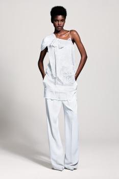 Amilna Estêvão | Page 25 | the Fashion Spot