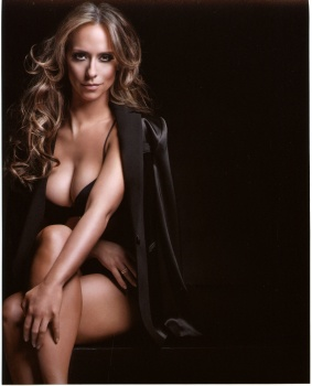 Jennifer Love Hewitt - Sexy Photoshoot For The Client List