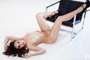 lnmBOFUO Anna Capri Luminous Nude
