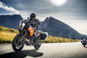 2017 KTM 1290 Super Adventure, 1090 Adventure unveiled at the Intermot