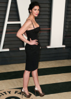 """Sarah Silverman """"2015 Vanity Fair Oscar Party hosted by Graydon Carter at Wallis Annenberg Center for the Performing Arts in Beverly Hills"""" (22.02.2015) 43x   OByxo8po"""