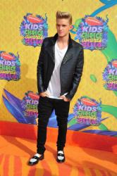 Cody Simpson - 27th Annual Kids' Choice Awards, Galen Center, Los Angeles, 29 марта 2014 (12xHQ) 7NoqyMkt