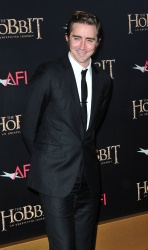 Lee Pace - attends 'The Hobbit An Unexpected Journey' New York Premiere at Ziegfeld Theater in New York - December 6, 2012 - 8xHQ B0i9pazU