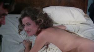 Lauren Hutton, Jane Seymour, Belinda Mayne @ Lassiter (US 1984)  GRcxOMG2