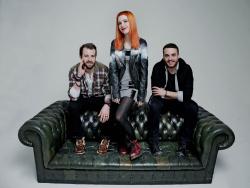 Paramore (Hayley Williams,  Jeremy Davis, Taylor York) - Chris McAndrew Photoshoot for The Guardian (February, 2013) - 35xHQ 55aqfvX5