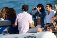 Nina Dobrev with her boyfriend Austin Stowell in Saint-Tropez (July 24) 8tRkfQwW