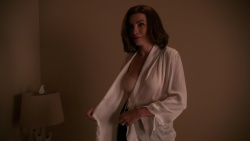 Julianna Margulies - The Good Wife_S07E07_1080p