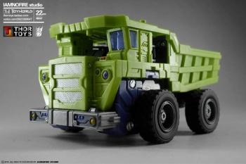 [Toyworld] Produit Tiers - Jouet TW-C Constructor aka Devastator/Dévastateur (Version vert G1 et jaune G2) - Page 7 EpyQMdmp